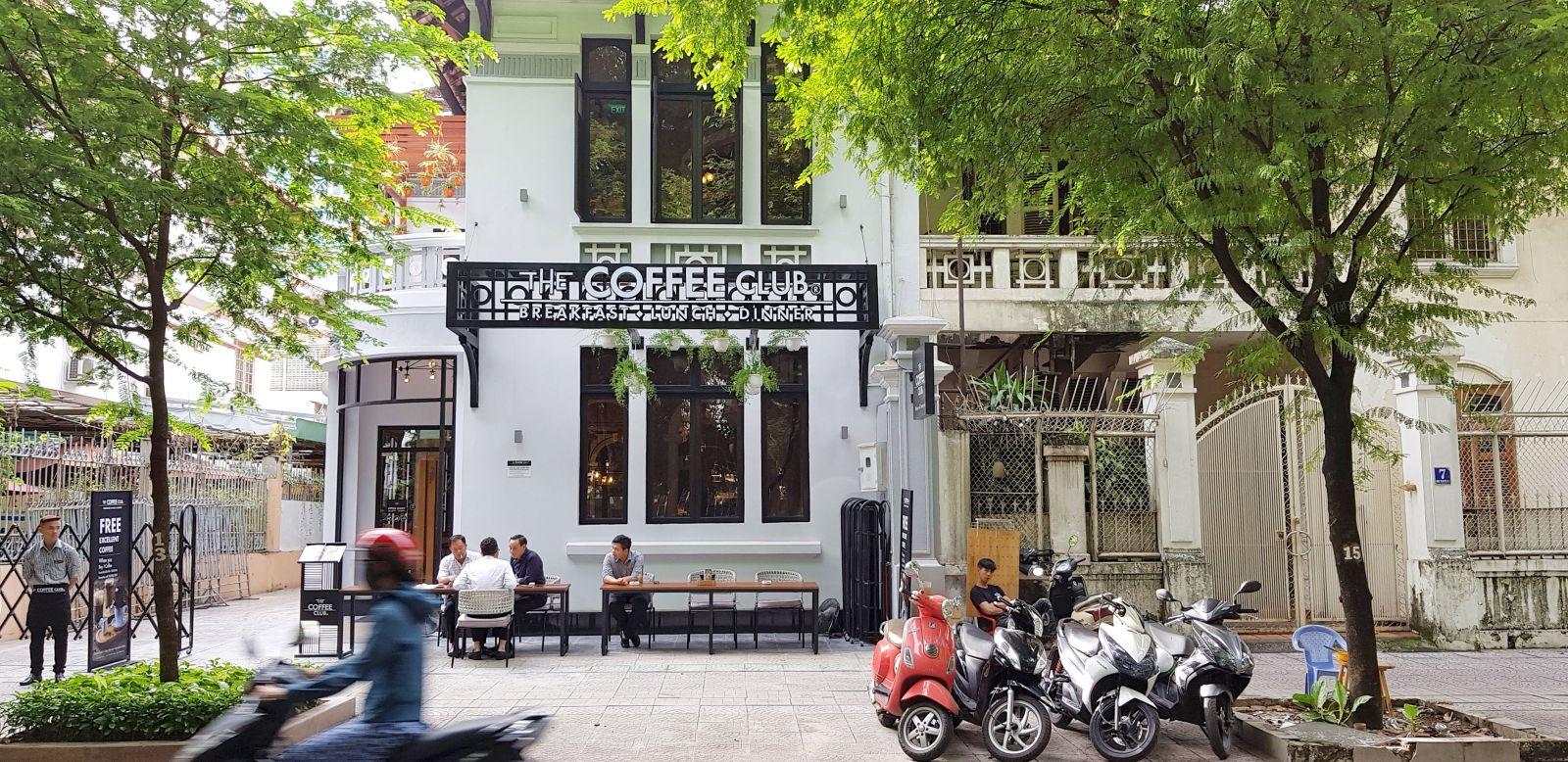 the-coffee-club-tai-han-thuyen-quan-1-tphcm-noi-bat-phong-cach-au