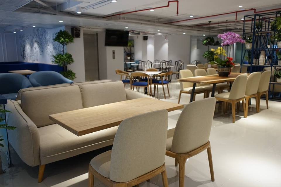 ban-ghe-sofa-mc137-trong-noi-that-the-cup-cafe