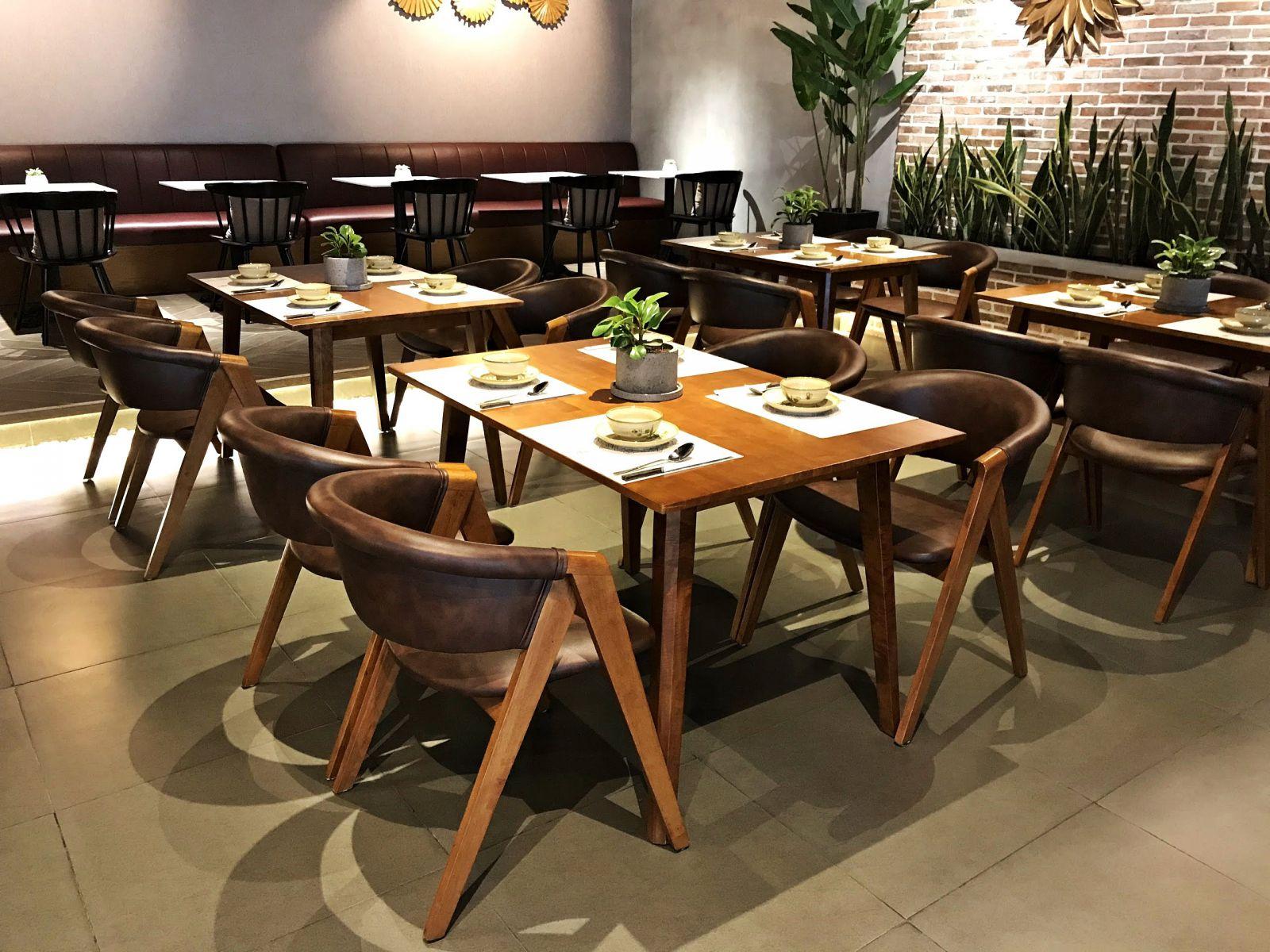 mẫu ghế gỗ mc157 cao cấp trong nội thất nhà hàng chay